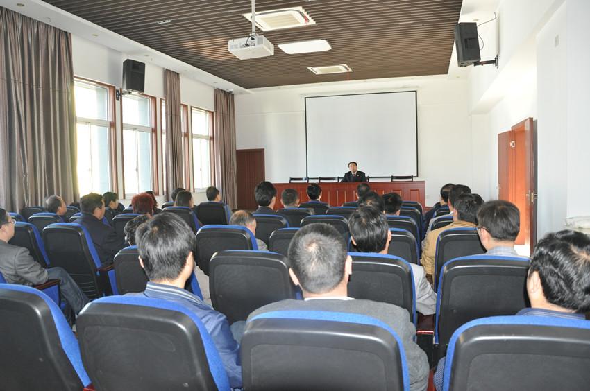 天长市检察院组织镇村干部开展警示教育活动